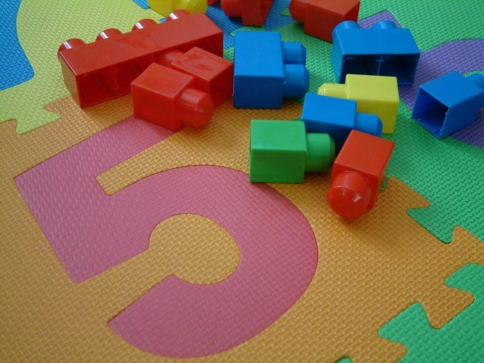 Jogos brincadeiras ampliam conhecimentos crianças