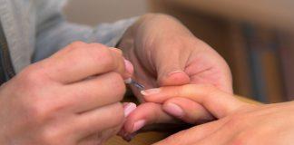 Visitas regulares profissionais manicure pedicure