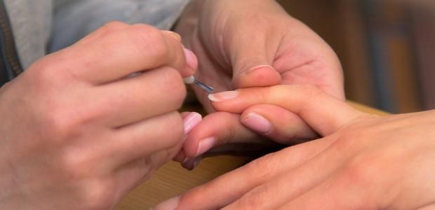 profissionais manicure pedicure