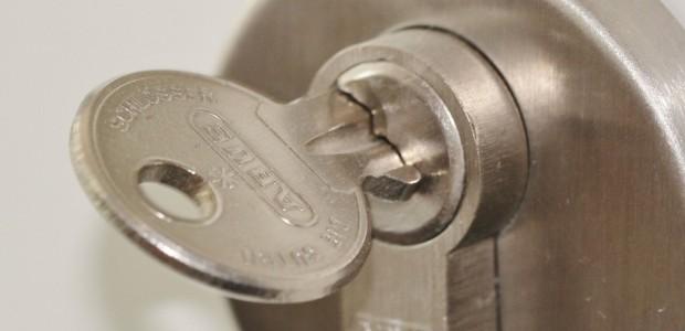 manutenção equipamentos fechaduras