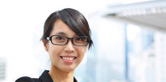 Profissionais qualificados atender exigências clientes