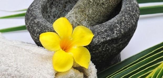 Tratamento óleos banhos aromáticos