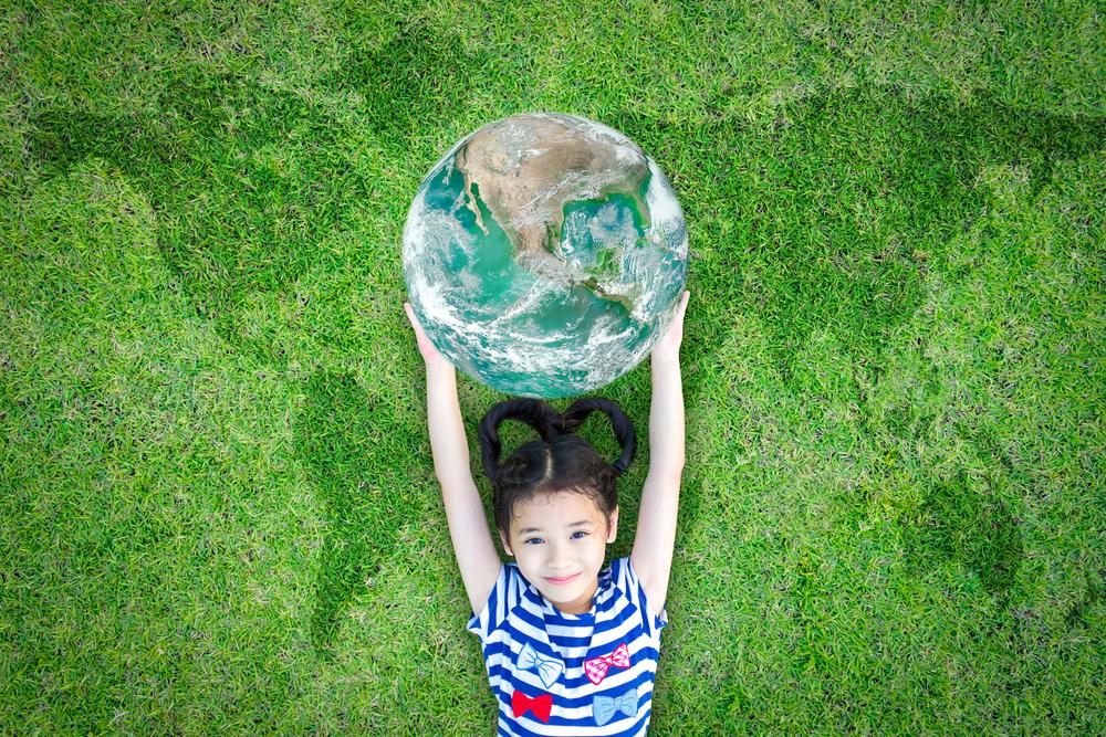 Introduzir práticas sustentáveis no seu dia a dia é garantir a sobrevivência do presente e do futuro das gerações (créditos shutterstock)