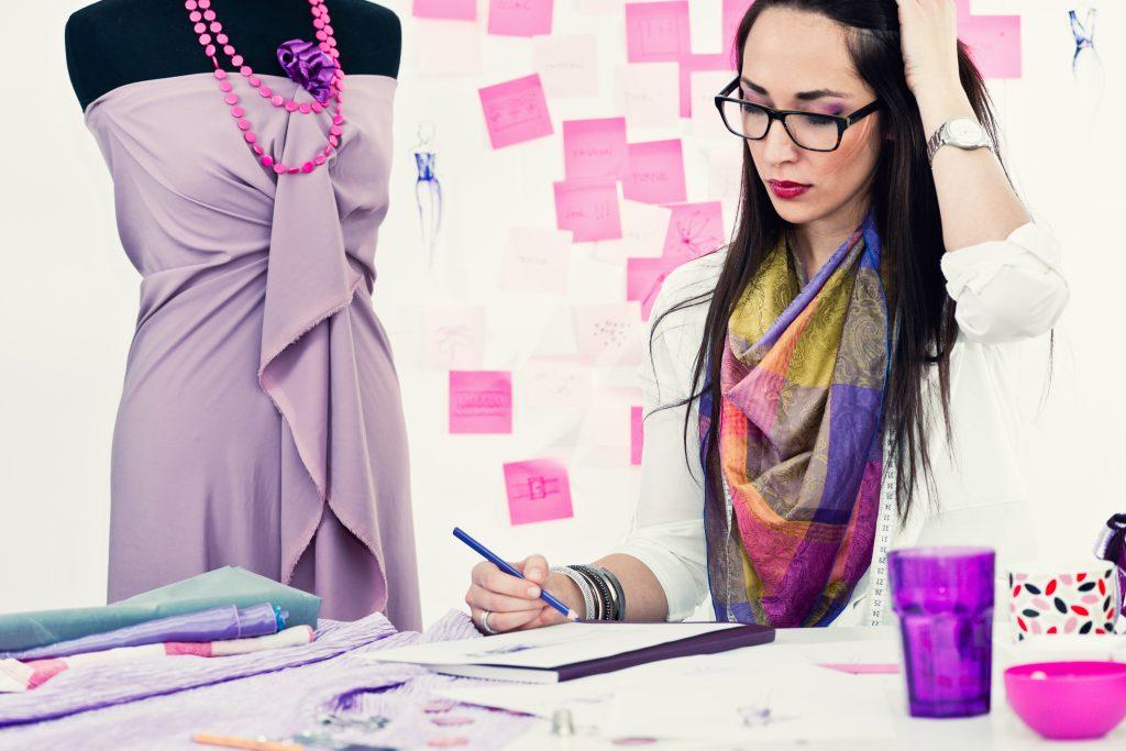 Vários profissionais estão aderindo ao estilo ( via Shutterstock)
