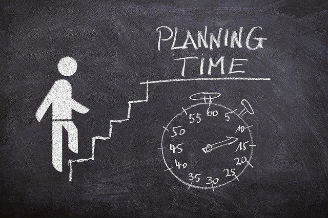 Os valores de um curso de inglês variam, depende do tempo e dedicação que você quer investir