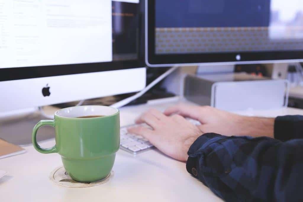 o salário de cargo pode variar de acordo com o porte da empresa e nível de conhecimento do profissional