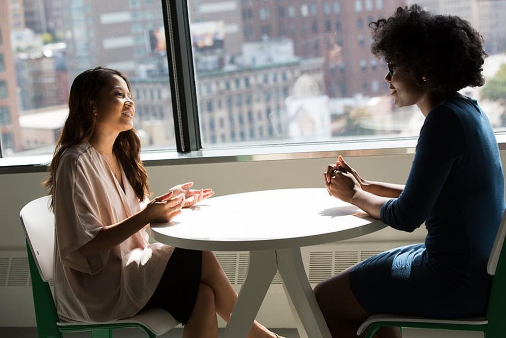 atender bem os clientes e fornecedores é essencial para a boa reputação da empresa