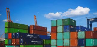 o Siscomex é um sistema de informações usado para controlar as atividades de exportação e importação